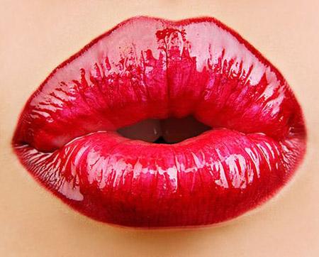 Выбираем косметические средства для увеличения губ
