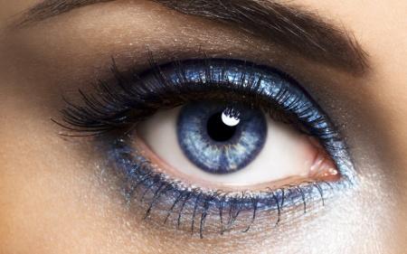 Woman-Blue-Eye