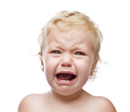 Лечим разбитую губу у ребенка