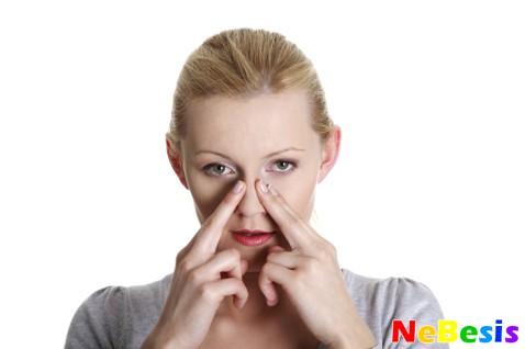 Первые признаки и симптомы гайморита у взрослых