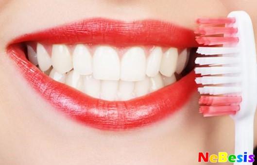Чистка зубов от камня в домашних условиях