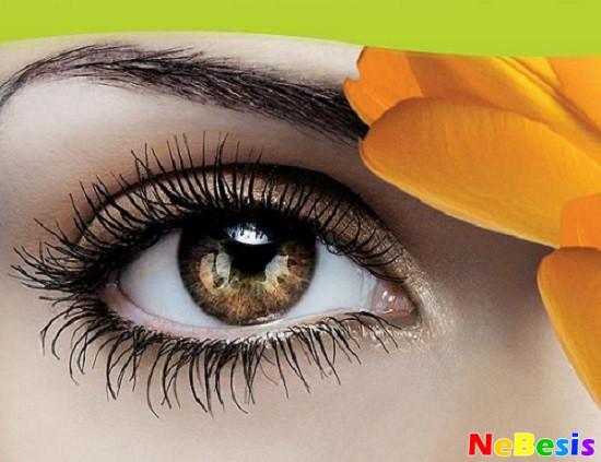 Как убрать опухшие глаза?